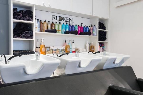 Salon de coiffure et de beauté à Le Cannet, Cannes